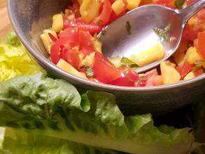 Mango-tomato-salsa salad with mint/ highvibe tacos