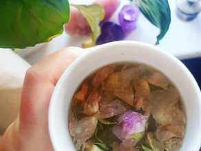 Tea-herb-elixir for HuMans with periods