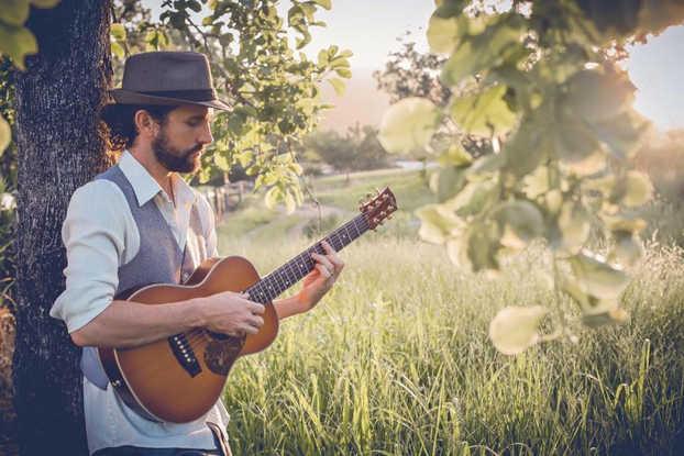Premier Solo Artist - Dylan Hammond