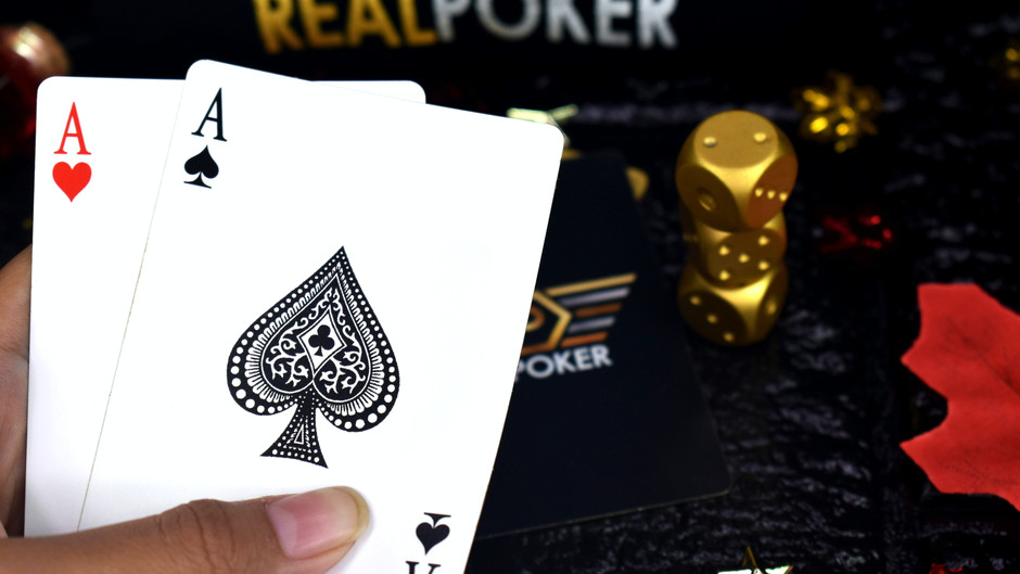Four Card Poker - Learn How to Play the Game