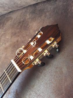 Amélie Bouvret Guitare luthier