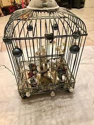 Miroir dans une cage avec personnages et décorations de Noël