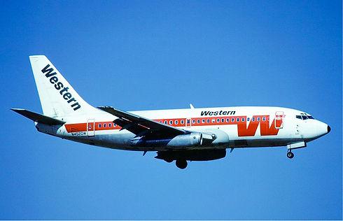 Western_Airlines_Boeing_737-200_N4520W_M