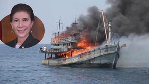 Menteri Susi Pudjiastuti Tenggelamkan 236 Kapal Pencuri