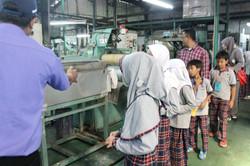 Field Trip Pabrik Jaring 02.JPG