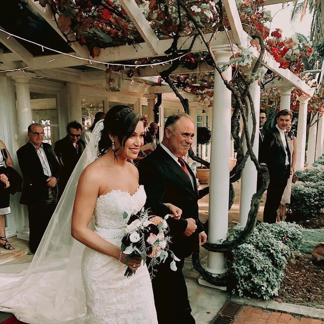 Joanne and Scott | Oatlands | HIRE A BRIDESMAID