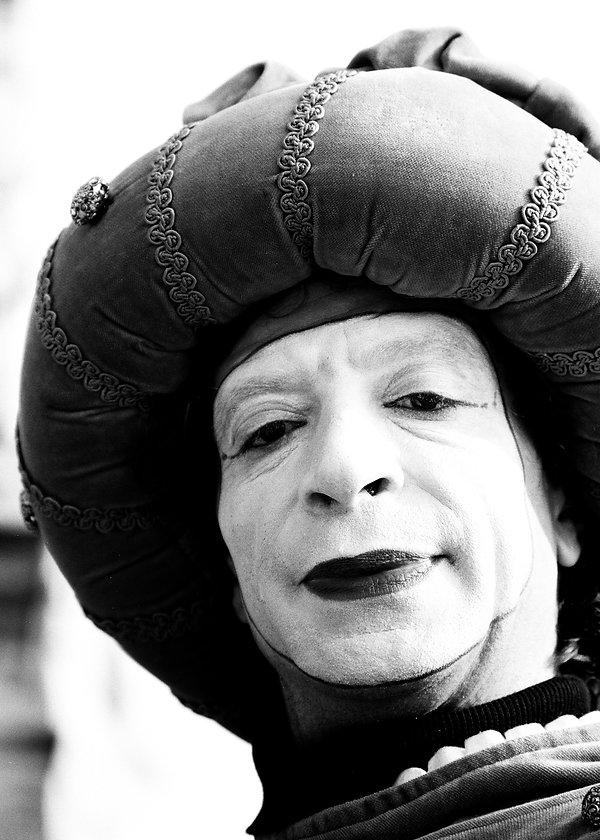 Street performer in Verona