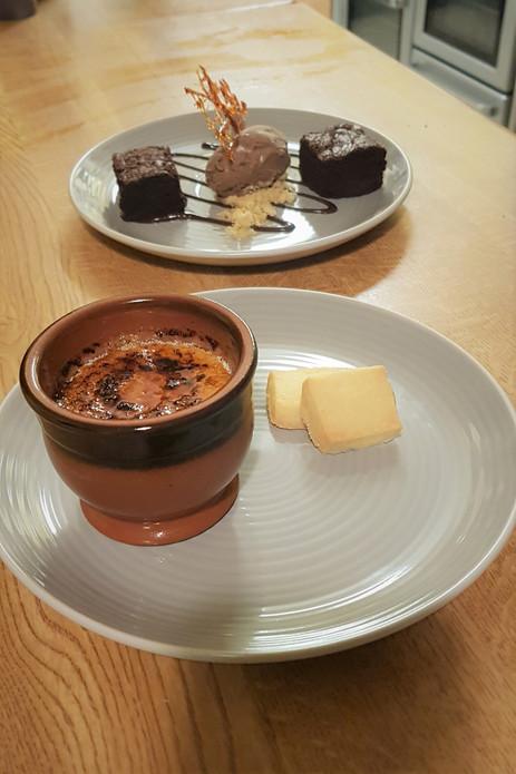 Crème Brûlée & Chocolate Brownie
