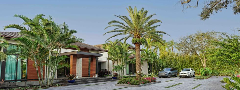 Landscape Architecture Front of House Entrance