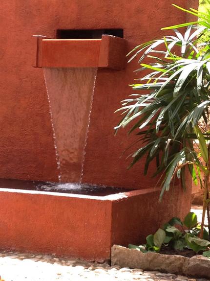 Caballo Campana Waterfall fountain