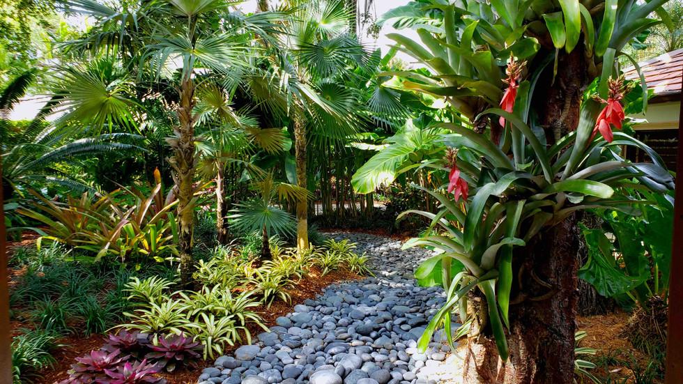 Stone Walkway Landscape Achitecture Miami Residence