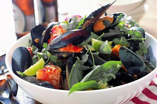 thai-mussels-with-kumara-12249-1.jpg