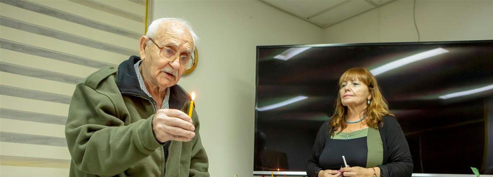 הדלקת נרות עם דור המייסדים