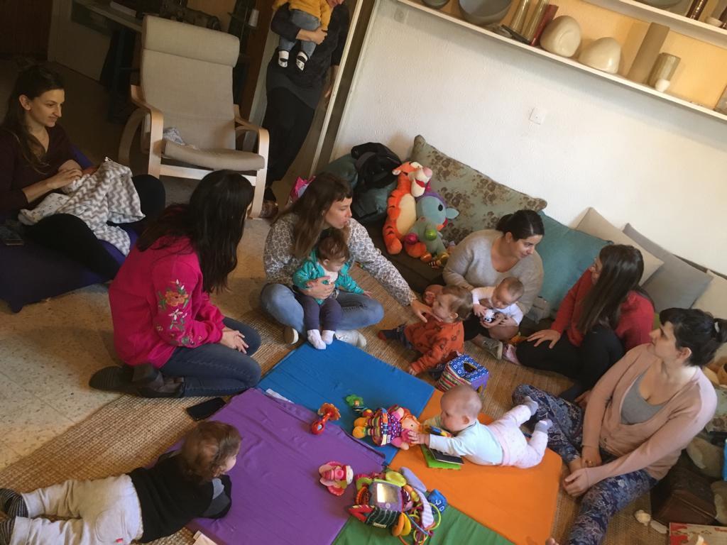 מפגש אמהות