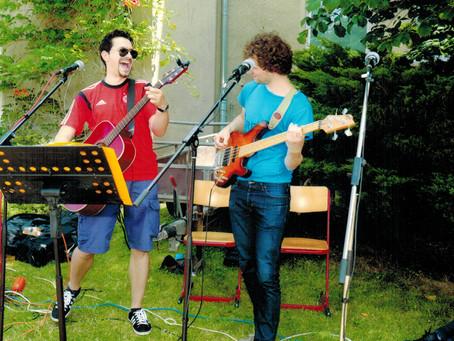 Spontaner Liveact zum Sommerfest der RS12