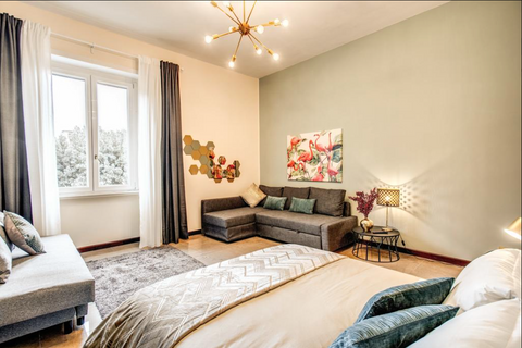 Popolo & Borghese Deco Apartment