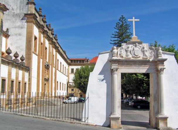 Mosteiro da Rainha Santa Isabel