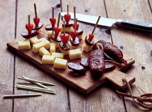 Gastronomia: Petiscos, Vinho e Doces Conventuais