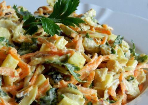 salada de salpicão vegano com cenoura, salsa e maionese vegana