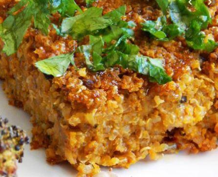 Kibe de abobora vegano com quinoa