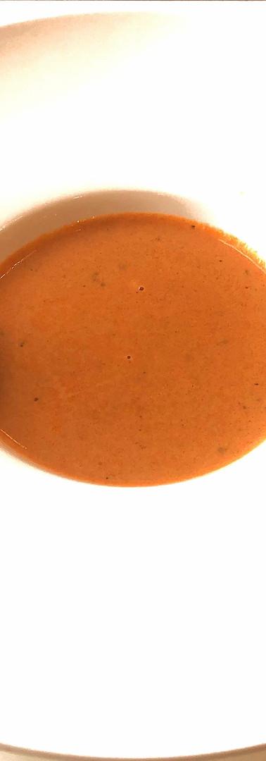 コースのスープ:伊豆の海(魚介のビスク)