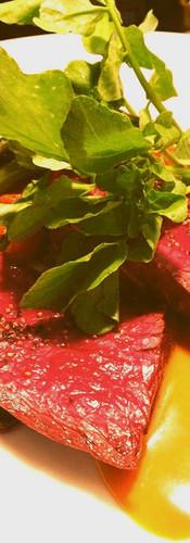 無農薬ルッコラと牛ハラミ肉のロースト ハニーマスタードソース