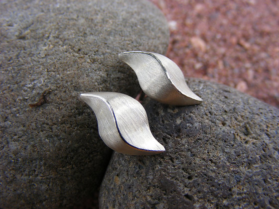 Sterling Silver Wave Earring