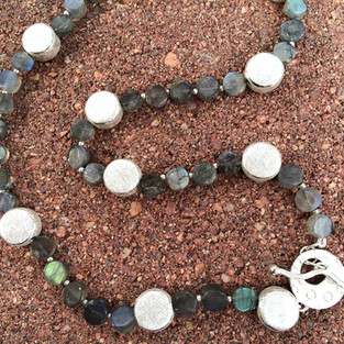 Bubbles & Waves Labradorite Necklace