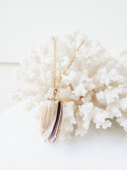 Leopard Conch Shell Shortie Necklace