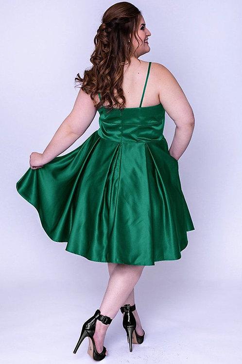 Sydney's Closet SC8092 Emerald Size 16