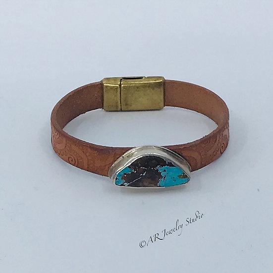 Sterling Silver Kingman Turquoise Bracelet