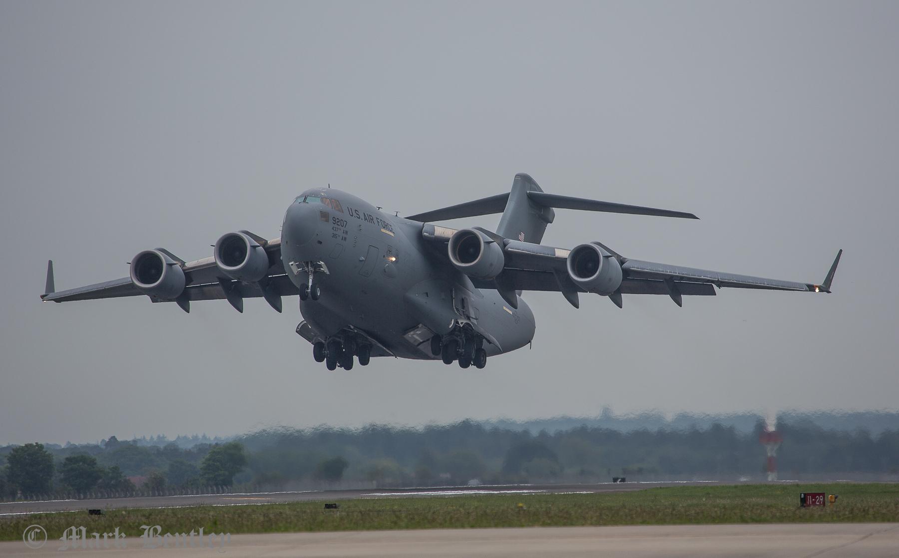 B067 USAF C17