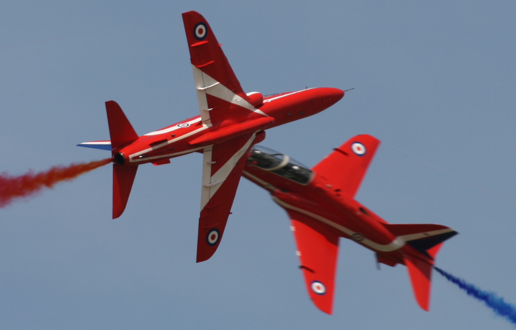 B043 Red Arrows Synchro Pair