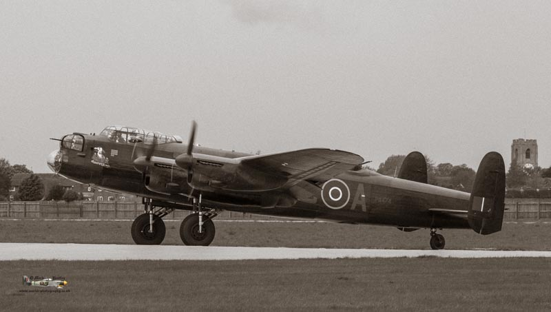 BBMF Lancaster PA474 - Thumper III
