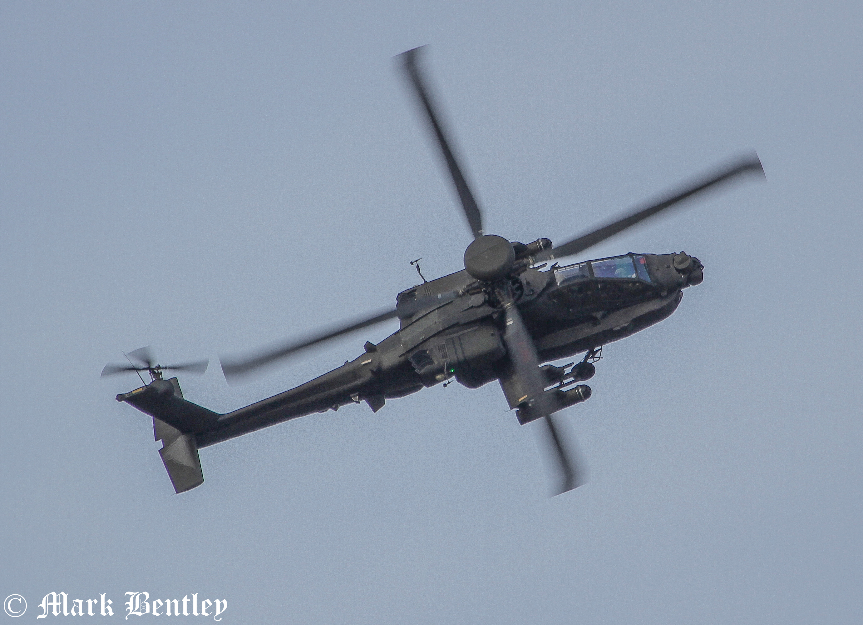 B011 British Army AH-64