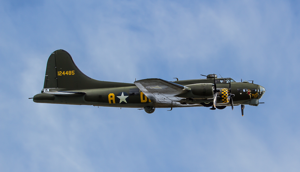 D003 B-17G Flying Fortress