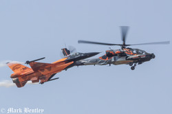 B021 Dutch F16 and Dutch Apache