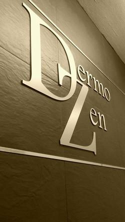 Detalle logo DermoZen