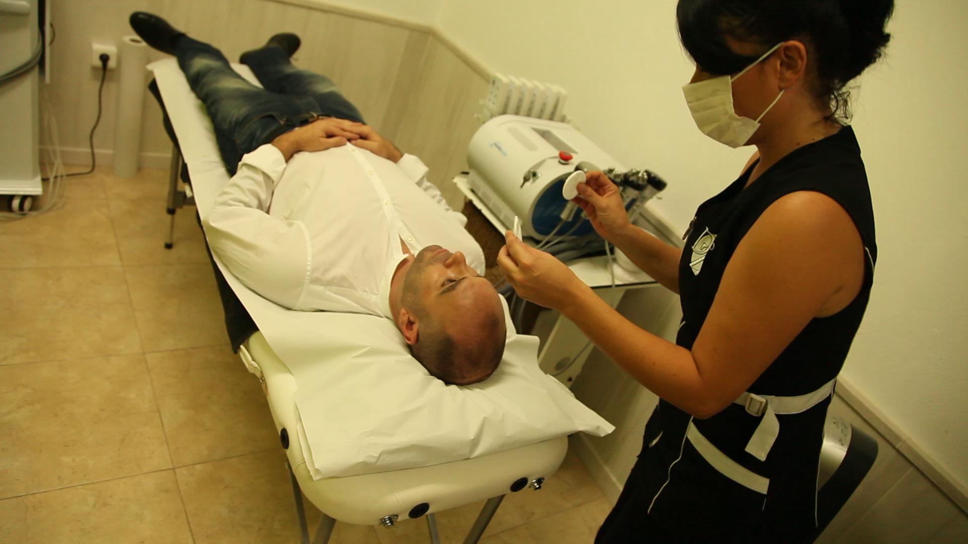 Preparación tratamiento facial .