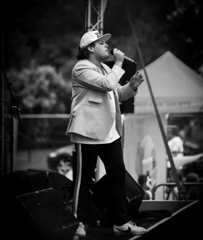 Bruno Mars Glenn3.webp
