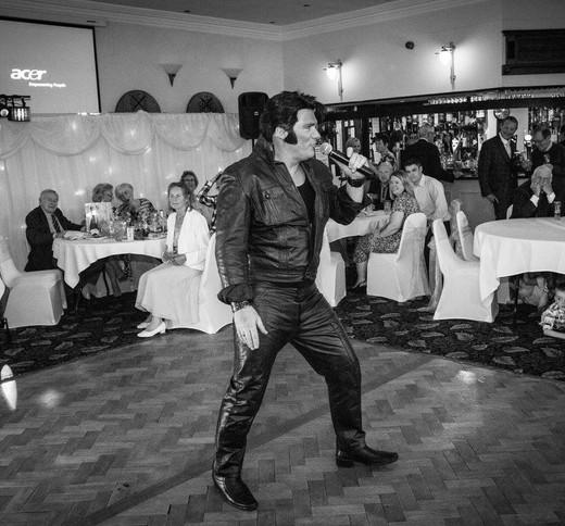 Elvis4.jpg