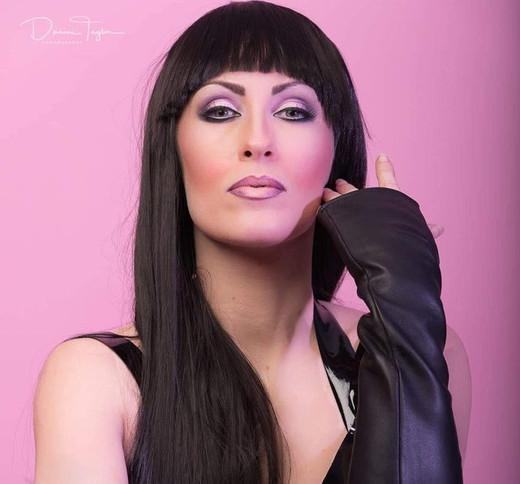 Cher 1.jpg