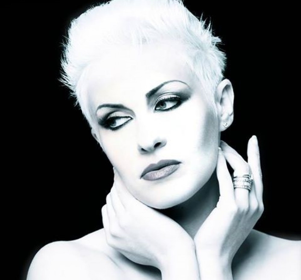 stacy_green_annie_lennox_tribute_5_squar
