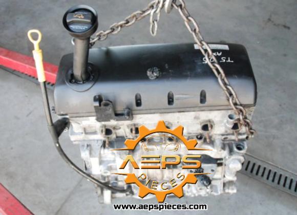 Bloc moteur nu culasse omplet VW T5 MULTIVAN 2.5 TDI AXD 131 CV
