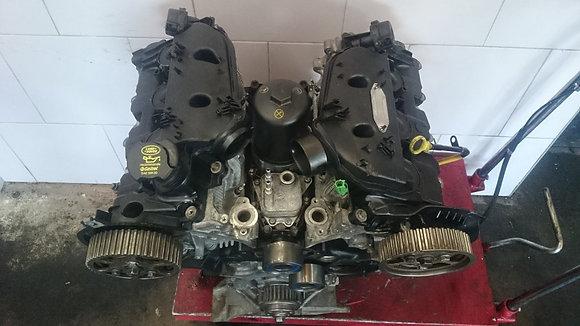 Bloc moteur LAND ROVER DISCOVERY 2,7 TDV6