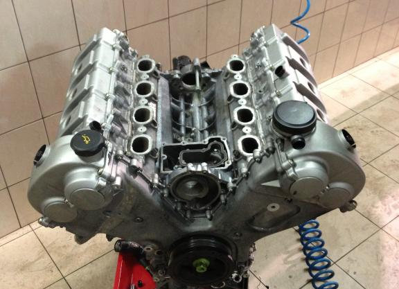 Bloc moteur nu culasse PORSCHE CAYENNE 4.5 V8 M48.00