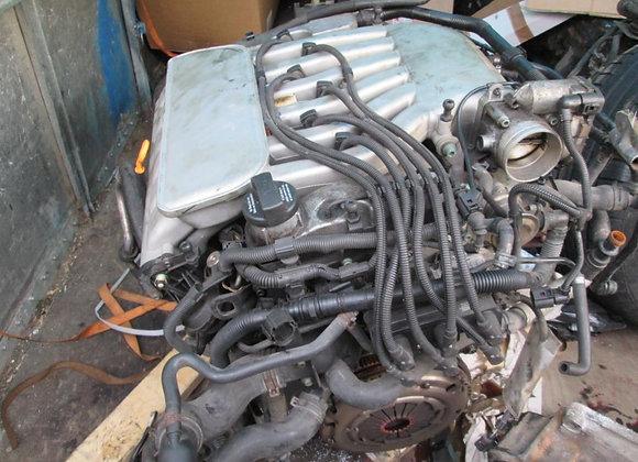 Moteur complet VW GOLF 4 1.4 AQP