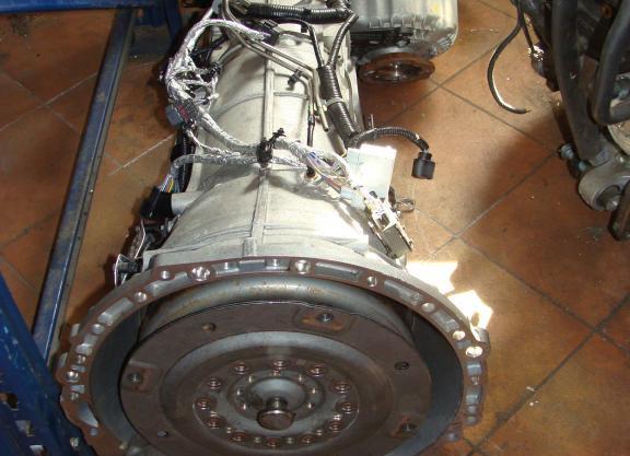 Boite de vitesse auto RANGE ROVER 4.4 V8