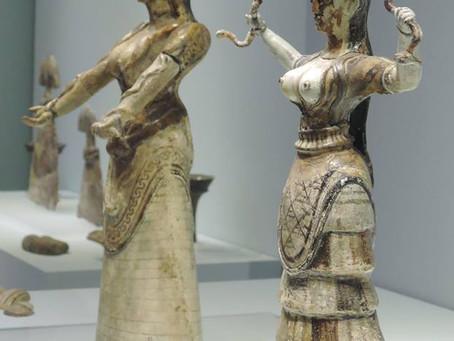 nature goddesses from Crete