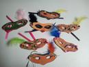 Masques de Venise fabriqués en EHPAD